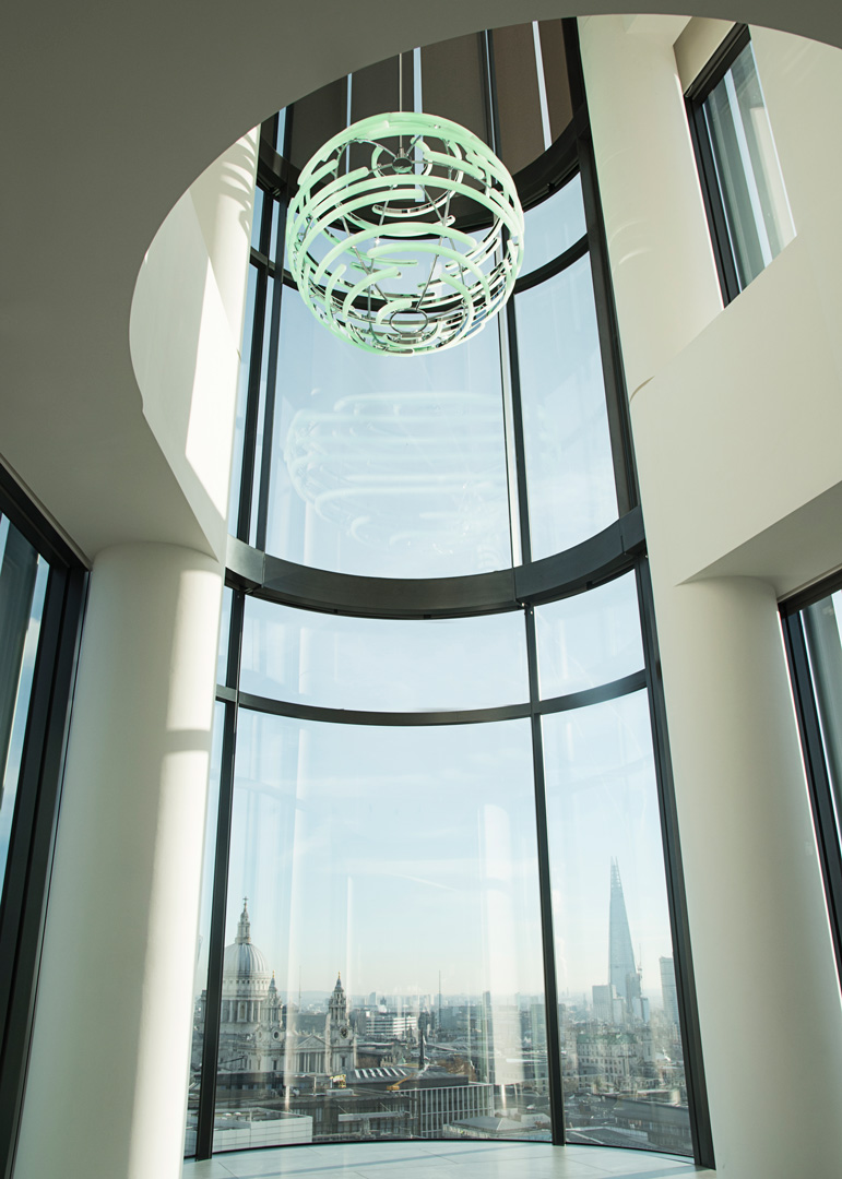 Bespoke lighting by LUUM for Deloitte